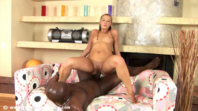 Teens Try Blacks - Tracy - Full HD 1080p