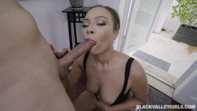Adriana Maya – Interracial Dick Down From The Delivery Man (2020)