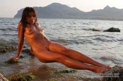 Nature Girls Teen Pics Archive