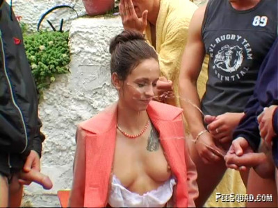 Sandy Suit - It's Raining Piss! (gag, hardcore, outdoors, make, download)