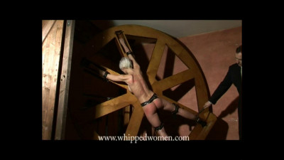 Anika – Whipping wheel