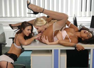 Workshop sex toys at the office FullHD 1080p