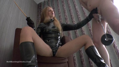 Isabella – Caned Nuts