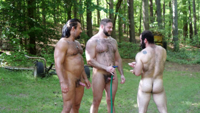 Fucking Muscle Bears – Behind The Scenes
