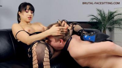 Mistress Taya