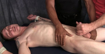 Four Hands On Romeo Edging