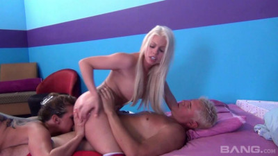 Description Tory Lane And Her Tramps
