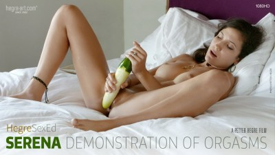 Serena - Demonstration of Orgasms