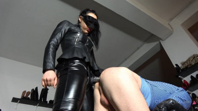 Mistress Gaia - Lazy Ass Strapon Punishment
