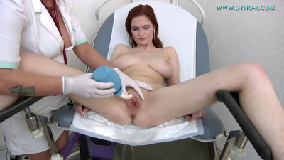 Sophia Traxler 18 years girl gyno exam