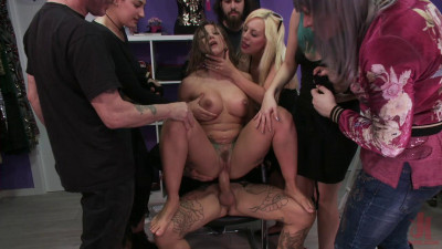 Description Tight And Curvaceous Betty Foxxx Fucked In Public By New Young Domme