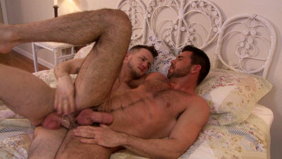 Billy Santoro, Colton Grey
