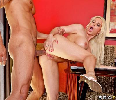 Beautiful Blonde Lady Offers Him Some Opportunity - watch, tits, bus, lady