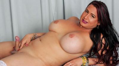 Curvy Melanie Jacks Her Hard Cock