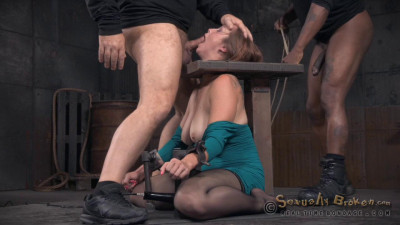 Bella Rossi Is Bound And Brutal Shackled Rough Sex Deepthroat While Vibrated