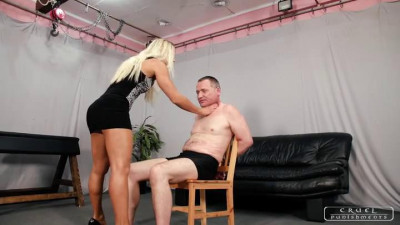 Mistress Zita - The Eartwister
