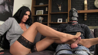 Obey Melanie - Footjob Totally Ignored