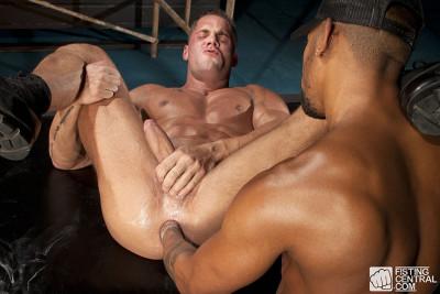 FistingCentral - Wet Punk Faggot Fisting Scene 01 - Erik Rhodes