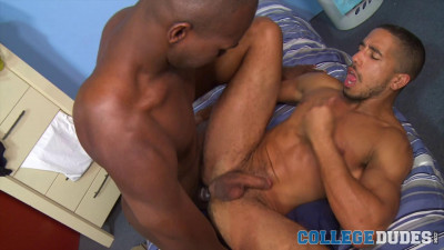 cd - Cory Woods Fucks Mike's Tight Ass