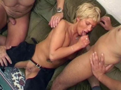 Gangbang for the blondie