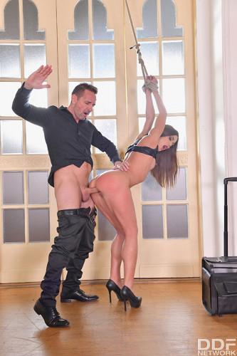 Alyssa Reece – A BDSM Lesson In Anal FullHD 1080p