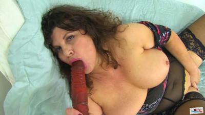 Big boob nasty milf masturbates in the house