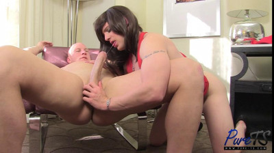 Enjoys Getting Her Ass Fucked