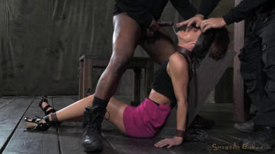 Description India Summer takes on 2 guys, Extreem deepthroating