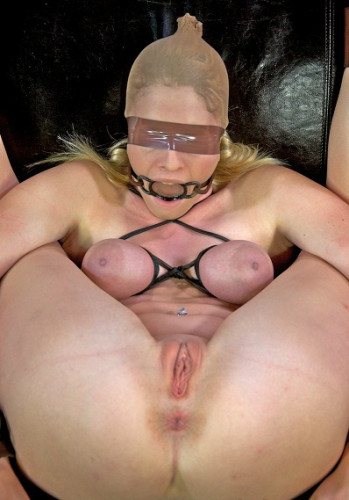 Farmers Slave bound in leather and chains on the squirt couch, HD 720p (vid, squirt, domina, video)