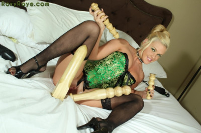 Green Corset Pussy Stretching