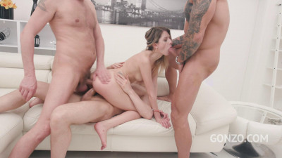 Rebecca Volpetti returns to Gonzo studio to get her ass fucked again