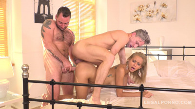 Insatiable Slut Veronica Leal gets the Anal DP Fuck of her Life HD