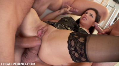 Hot Mira Cuckold Gets Sperma Party With Double Anal & 10 Swallows