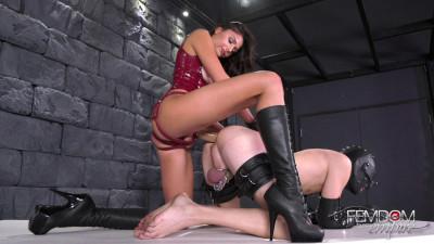 Hollowed Hole - Mistress Ariana Marie - Full HD 1080p