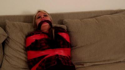 Bad Babysitter Makes Mouthwatering Mummy