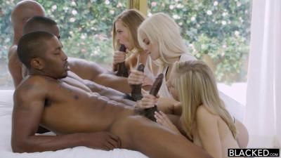Preppy Girl Threesome (Rachel James, Sydney Cole) – FullHD 1080p