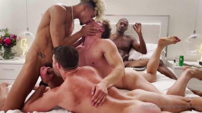Group thing with Elijah Zayne, Felix Fox and Justin