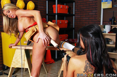 Use Of Tools In The Pussies Of Naughty Girls
