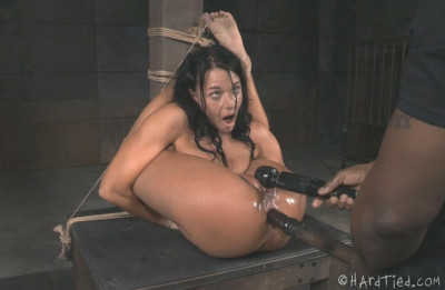 London River – Fit To Be Tied – BDSM, Humiliation, Torture