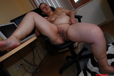 Pregnant MOM casting in my office