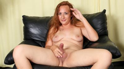 Meet Beautiful Roxi Rush!