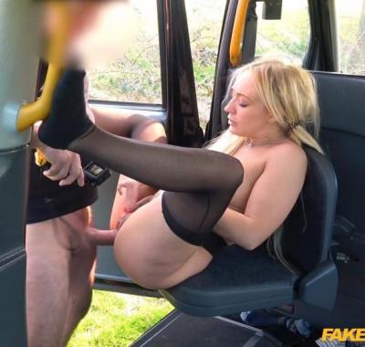 Amber Deen gets a messy taxi facial FullHD 1080p