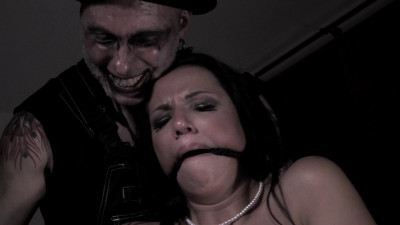 Description Hottie Gets Humiliated Then Fucked With A Bbc - Jolee Love - Full HD 1080p