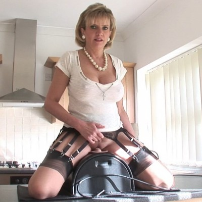 Description Lady Sonia - Sybian Orgasm
