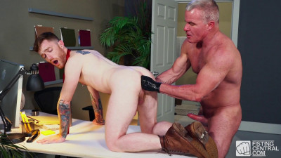 FistingC — Pumping For Promotion Part 3 - Seamus O'Reilly & Dale Savage