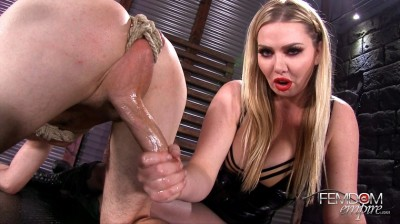 english hand (Lexi Sindel - Over the Edge).