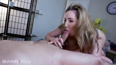 Richelle Ryan Is A Masseuse That Is Good With More Than Just Her Hands