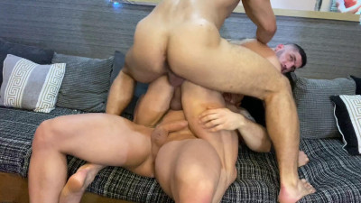 Fit Muscle – Dato Foland and Lucas y Luis XL