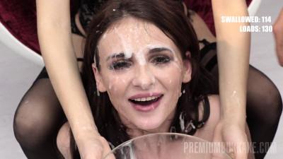 Bukkake Blowbang For Sexy Kate Rich