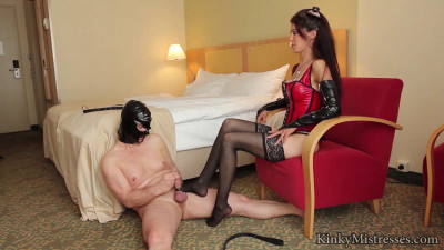 Mistress Susi - Foot Worship In The Hotel